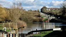 Caen Hill Locks - Devizes, Wiltshire (OS Grid Ref. ST976614 Nearest Post Code SN10 1RE)