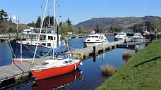 The Caledonian Canal - Fort Augustus : Scottish Highlands (OS Grid Ref. NH374091)
