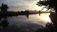 Early morning on the Trent and Mersey Canal : Marbury Country Park - Cheshire (OS Grid Ref. SJ663761)