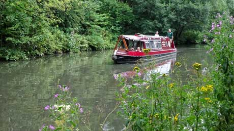 The Chesterfield Canal - Derbyshire (OS Grid Ref. SK388725 Nearest Post S41 7GH)